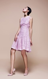 FLUTED HEM SUMMER TWEED DRESS IN PINK