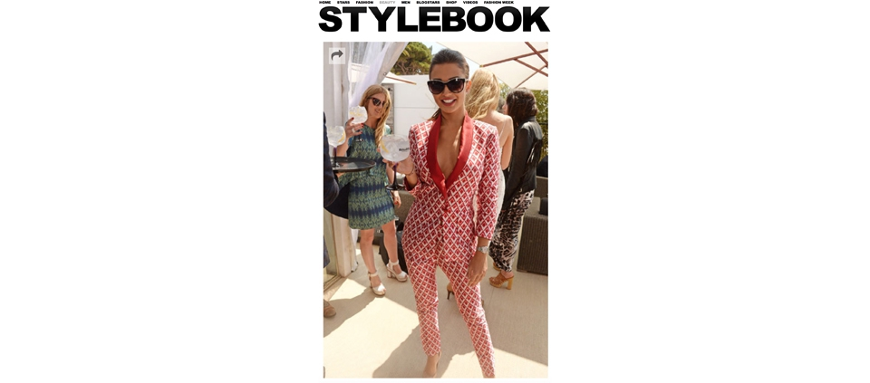 AMY JACKSON IN PLAKINGER IN STYLEBOOK.DE GERMANY